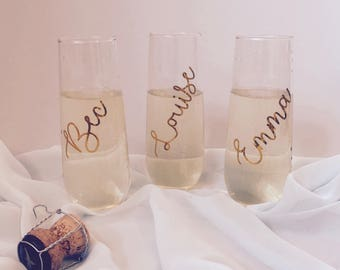 Set of 3 Stemless Champagne Flutes   Wedding Glasses   Bridal Party Glass   Bridesmaids champagne glass   Engagement Flutes   Bride & Groom