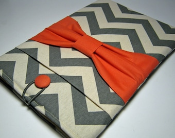 Macbook Pro Sleeve, Macbook Pro Cover, 13 inch Macbook Pro Cover, 13 inch Macbook Pro Case, Laptop Sleeve, Gray Chevron w/ Coral Bow