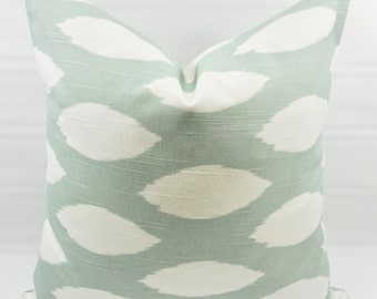 Snowy Pillow Cover. Light green  & White. Chaz Print Pillow cover. Country Style Pillow Case. 1 piece.  cotton. Select your size