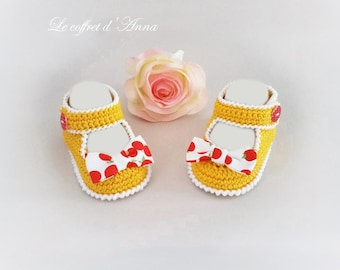 Baby booties 0/3 months, babies, baby girl, crocheted cotton yellow baby sandals