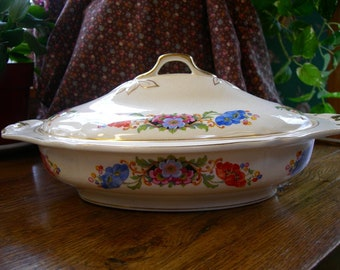 Ceramic Soup Tureen Vegetable or Casserole Bowl from the 1920s Knowles Taylor and Knowles pottery.