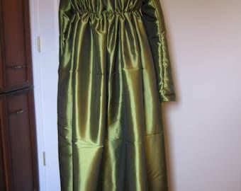 Regency Gown size 16-18