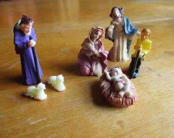Vintage Nativity Creche Miniature Mary, Baby Jesus, Joseph 7 Pieces Plastic Mini Dollhouse