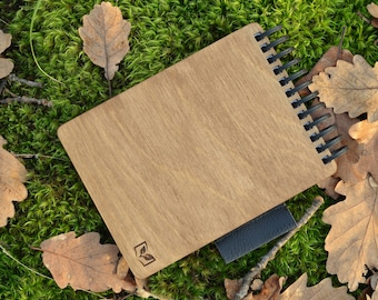 A6 Reusable notepad with wooden covers, color-dark wood