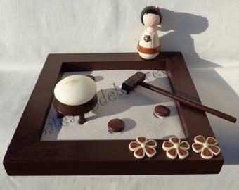Garden zen kokeshi chocolate and beige