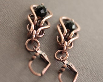 Dangle chainmaille copper earrings with framed black onyx stones - Onyx earrings - Copper earrings - Dangle earrings - ER033