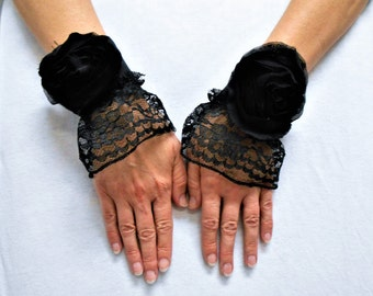 Black Lace Cuffs, Black Steampunk lace fingerless gloves, Black Victorian Gloves