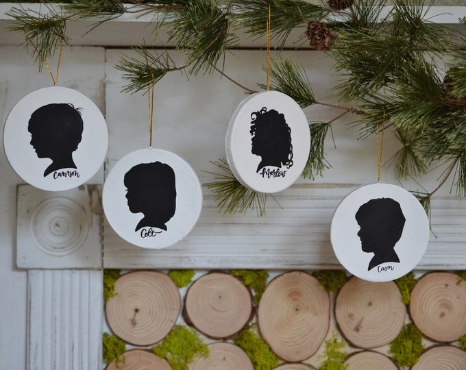 Hand Painted Silhouette Ornament, Custom Silhouette Portrait, Silhouette Portrait, Mother's Day, Gift Idea, Christmas