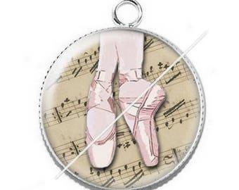 Pendant cabochon resin for a dance teacher 3