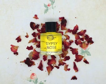 Gypsy Rose Natural Botanical Vegan Perfume Oil. Rose, Gardenia, Green Tea Essential oils And Jojobal Oil, Gift Boxed. Parfum Botanique.
