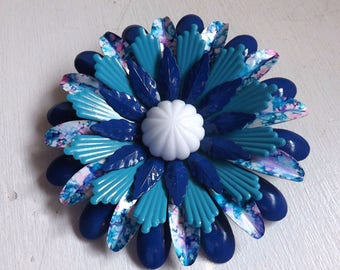 Vintage large 1960s  enamel flower pin or brooch tie dye blue white and purple dimensional layered with white plastic center