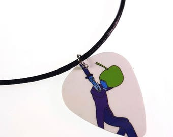 The Beatles Yellow Submarine/Guy en costume bleu w / Apple Album couverture Art véritable Guitar Pick collier