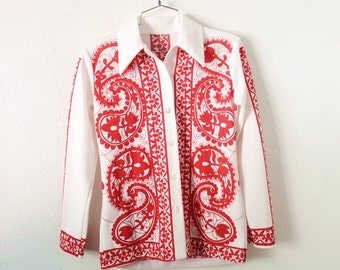Women's MEDIUM Vintage 1970s White with Red Polyester Long Sleeve Print Shirt