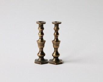 Vintage pair of miniature brass candlesticks. Dolls house candlesticks. Mini candlesticks. Miniature 1950's brass candlesticks.