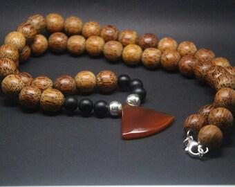 Mens royal honey necklace
