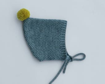 Pixie hat toddler in GREY colour with mustard pompon- knitted baby bonnet - Pixie baby bonnet - Knitted hat children - Pompom infant hat
