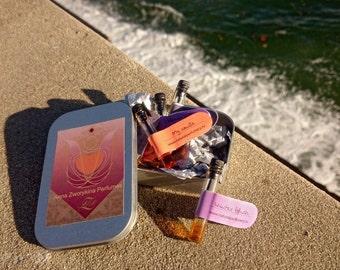 Natural perfume sample set: 5 custom sampler pack, any five samples 0,5 ml of artisanal perfumes