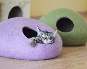 Pet bed / cat bed / cat cave / puppy bed / cat house / pet furniture / cat nap cocoon. Two color felted cat bed xs, s, m, l, xl or xxl sizes