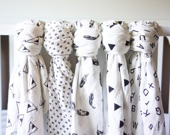 Black and White Swaddle-Organic Muslin Cotton,Baby Shower Gift,Boy,Girl,Newborn Photo Prop,Nursing/Carseat Cover,Blanket,Hospital,New Baby