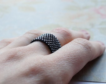 Black Seed Bead Ring, Peyote Ring, Beaded Ring, Woven Ring, Delica Ring, Bead Band Ring, Gunmetal Ring, Seed Bead Jewelry, Flexible Ring