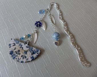 Large fan Blue 12.5 cm bookmark