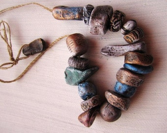 19 Antique Relic Carved Stone Pebble Precious Metal Effect Rustic Earth Woodland Hand Painted Porcelain Clay Beads No.87