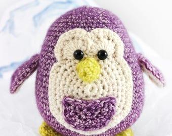 Pelle the penguin - crochet pattern by totalwollig