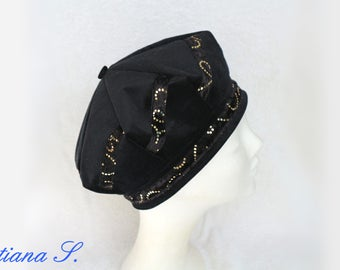 Beret cap Basque patchwork, black-gold, corduroy velvet, Gr. 55-56
