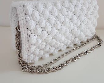 Clutch bag made entirely by hand