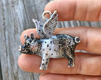 Spotted Flying Pig Pendant, When Pigs Fly Pendant, Flying Pig Pendant, Pig with Wings Pendant, Farm Pig Pendant, Dry Gulch, Pigsley #2190