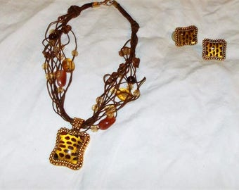 Tiger beaded necklace with matching pierced earrings