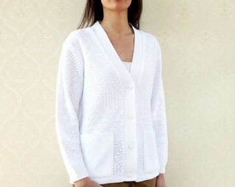 "Vintage knitted cardigan with pockets, small medium - snowdrift white . . . . . . . ""Like"" our fb page for 10% discount"