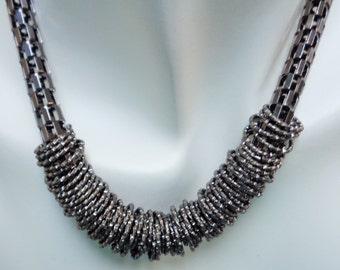 Charcoal Metal Jumprings Bib Necklace, Dark Gray Chain Necklace, Statement Necklace, Beaded Necklace, Women Accessories, Fashion Jewelry