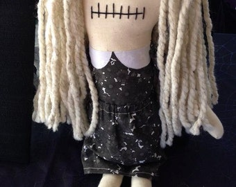 Karen Cooper - Inspired by George A. Romero's 'Night of the Living Dead' - Creepy n Cute Zombie Doll (P)