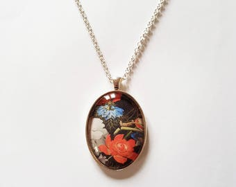 Dutch Masters 'Bloemen' detail 30x40mm oval pendant in silver or antique bronze, includes complimentary chain