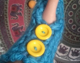 Hand Made Knitted Finger-less Gloves