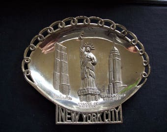 New York City souvenir dish, metal tray, Statue of Liberty, RCA Building, Empire State Building