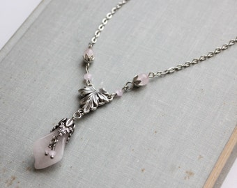 Flower Rose Quartz Necklace. Gemstone Necklace.