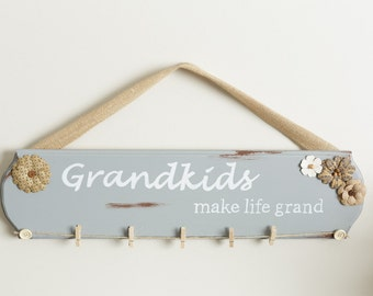 Grandkids Make Life Grand Sign / Grandkids Sign / Christmas Gift Sign / Grandparent Gift / Mother Gift / Gift for mom / Gift from kids