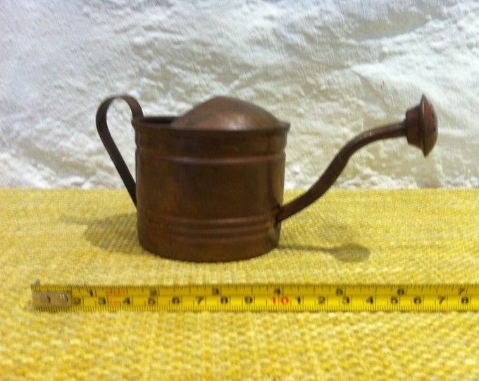 Vintage watering can copper miniature, garden deco, dollhouse accessoires
