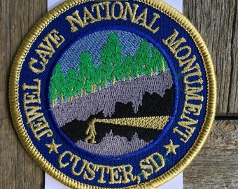 ONLY ONE! Jewel Cave National Monument, Custer, South Dakota Vintage Souvenir Travel Patch
