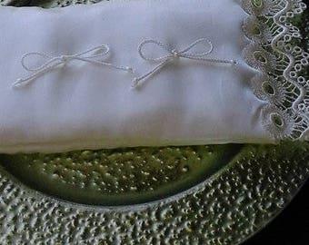 wedding rings pillow rings