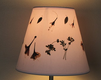 Lampshade - Pressed flower art - Pressed flower artwork Lampshade made with real dried flowers. Cone shape - lamp shade - botanical lamp