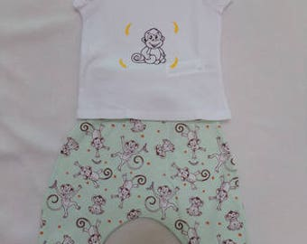 Harem pants and t-shirt set size 6 months monkeys