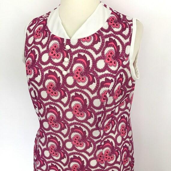 Mod dress 1960s dress, psychedelic print pink dress, paisley print UK 18 vintage scooter girl shift crimplene 60s GoGo volup