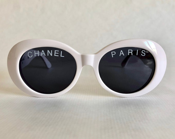 CHANEL 01947 10601 Vintage Sunglasses New Old Stock including Original Case