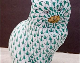 Herend Large Cat  - Green Fishnet - Gold Details - Porcelain Feline