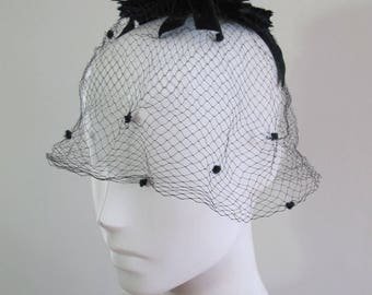 Vintage 20s Net Cloche Hat
