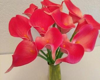 One dozen calla lilies