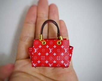 Luxurious handbag for Barbie, Blythe and other 12 inches doll